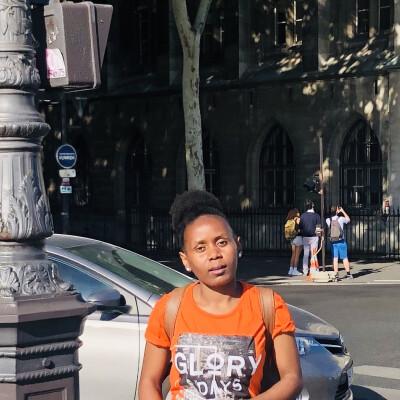 Hilda Nyambura zoekt een Kamer in Leeuwarden
